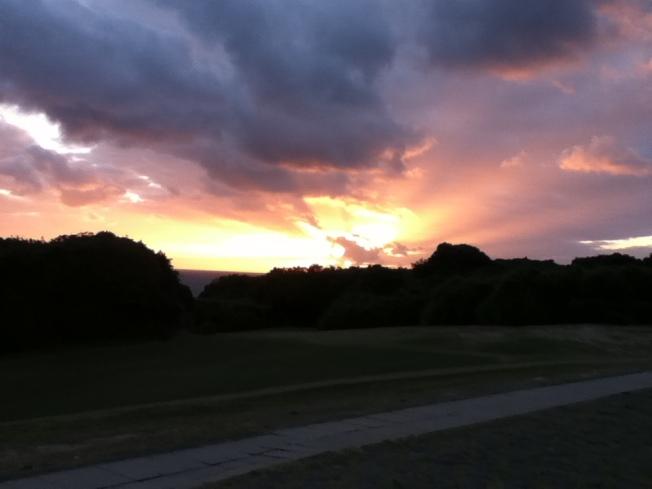 Sunset from around the Eluanbi Lighthouse