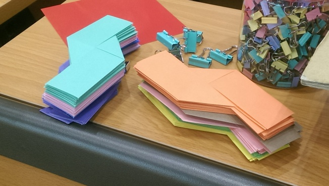 Lots of Sonobe (origami) units